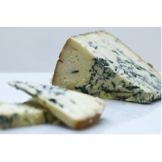 Cropwell Bishop Stilton cheese